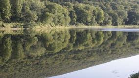 Man dies tubing down Delaware River