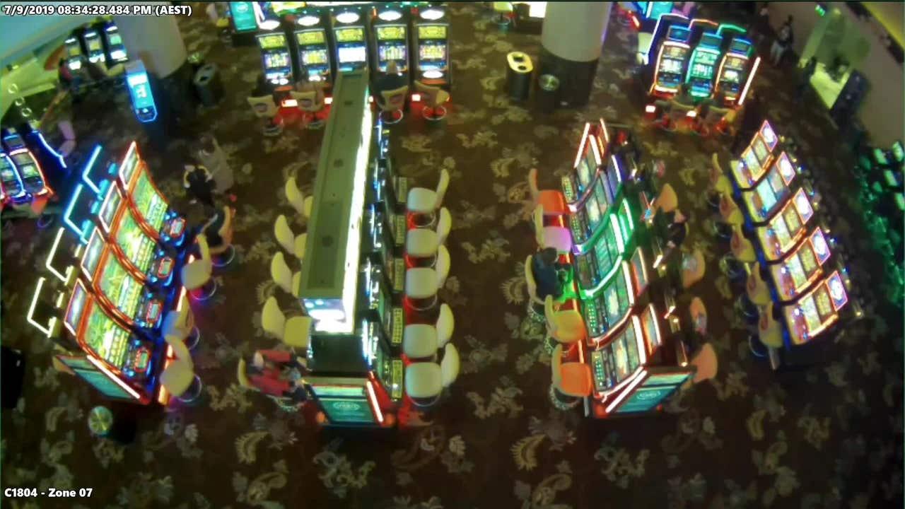 Random roulette spin