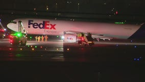 Pilot suffers injury after FedEx plane makes emergency landing at LAX