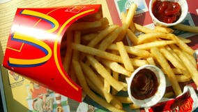 Woman allegedly punches McDonald's employee in the face for forgetting condiments