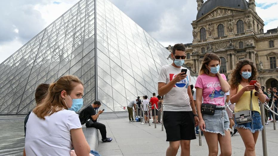FRANCE-HEALTH-VIRUS-TOURISM