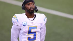 Los Angeles Chargers QB Tyrod Taylor punctured by team doctor: source