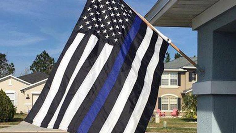 98fd21ac-blue lives matter2_1490189649721-401385.jpg