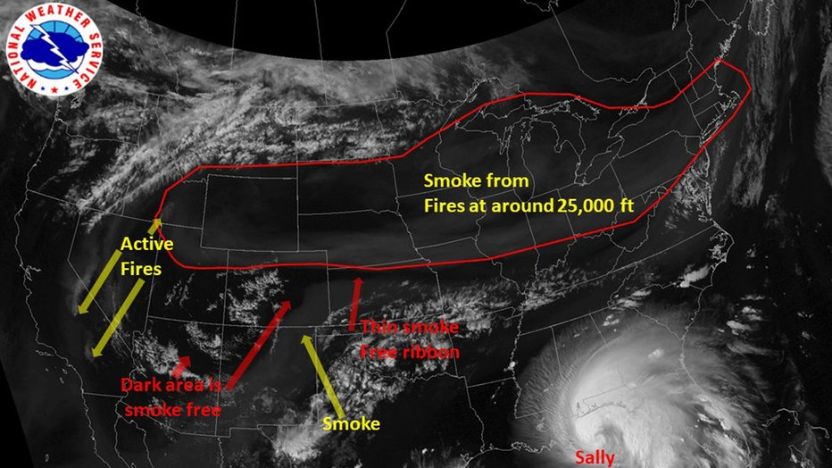 Satellite image showing smoke from fires on the West Coast moving across the United States