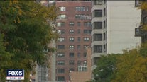 Average Manhattan rent drops below $3,000