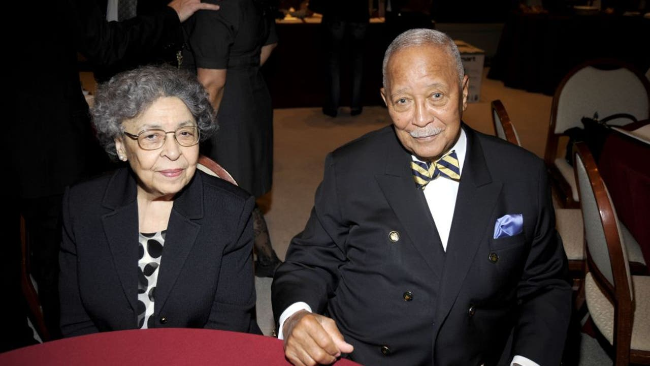 Former New York City Mayor David Dinkins dead at 93