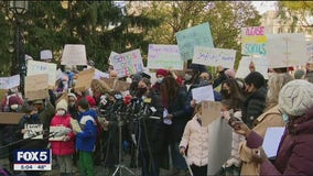 Frustrated parents protest decision to close NYC schools