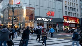 Retailers brace as virus bears down on consumers and economy