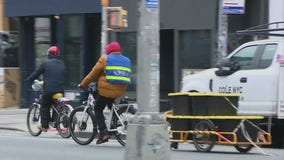 Food delivery workers still on the streets despite snowstorm