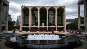 Shuttered Metropolitan Opera to lock out stageghands