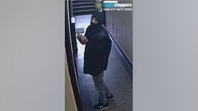 NYPD: Man choked, robbed 76-year-old woman in the Bronx