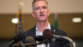 Report: Portland mayor pepper-sprayed man out of fear of safety, contracting COVID