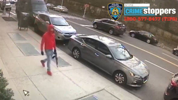 Man with assault rifle wanted in the Bronx