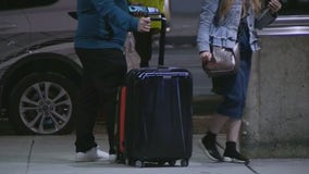 CDC urges Americans to continue to avoid traveling