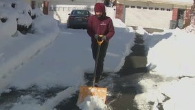 Gig economy app connects snow shovelers with property owners