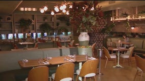 9 out of 10 NYC restaurants could not afford rent in December study finds