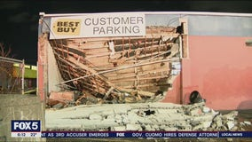 Roof collapse on Queens warehouse