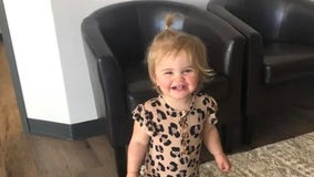 Mom warns other parents after toddler dies from swallowing button battery