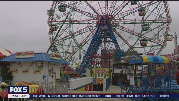 Deno's Wonder Wheel Park reopening