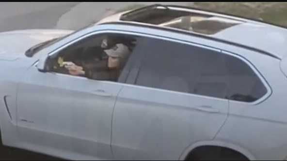 L.A. driver points gun out window... 'Anybody wanna die?'