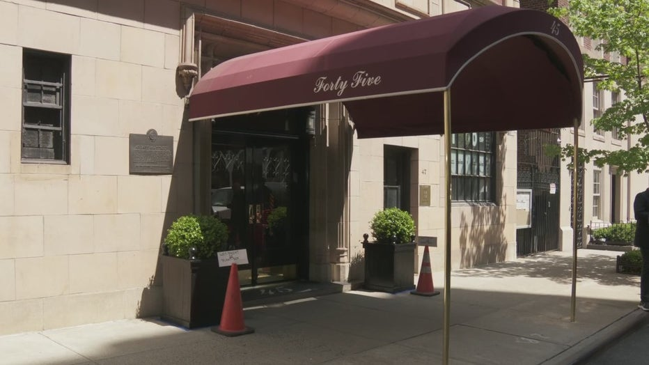 Federal investigators raided the Upper East Side apartment of former NYC mayor and Trump personal attorney Rudy Giuliani.