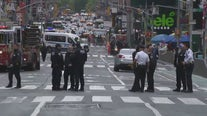 NYPD search for suspect after 2 women, 4-year-old child shot in Times Square