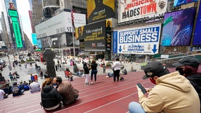 New York City sees rise in tourism, bit by bit