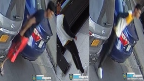 NYPD searching for suspects after pair of anti-Jewish attacks in Brooklyn