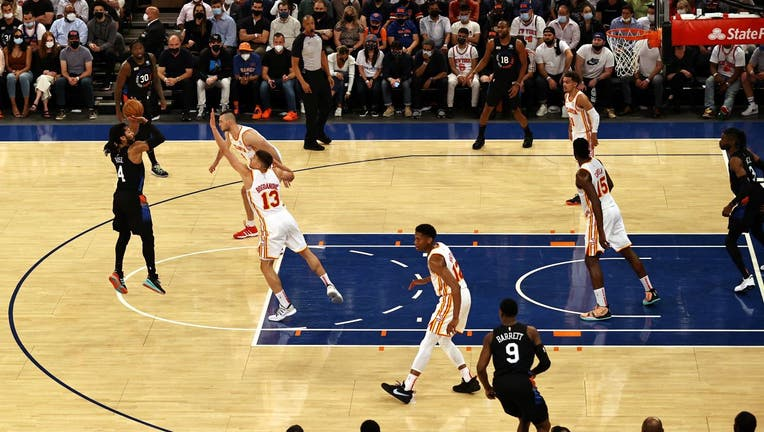 Derrick Rose #4 of the New York Knicks takes a shot