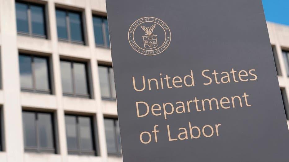 4cb31011-US-HEALTH-VIRUS-UNEMPLOYMENT-ECONOMY-INDICATOR