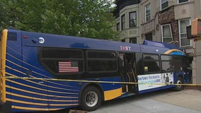 Days later and MTA bus remains stuck in Brooklyn brownstone