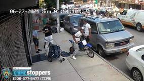 2 men violently assault postal worker delivering mail in Brooklyn