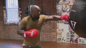 New Yorkers seek stress relief and fitness in the boxing ring