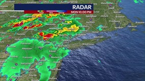 Powerful thunderstorms cause flooding in NY, NJ