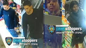 Armed robbery on subway train in Manhattan