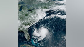 Henri: New England braces for 1st hurricane in 30 years