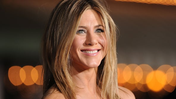 Jennifer Aniston says she cut anti-vaxxers out of her life