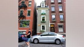 Boston's 'Skinny House' sells for a nice fat price