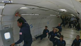 Modified Boeing 727 lets you experience zero gravity