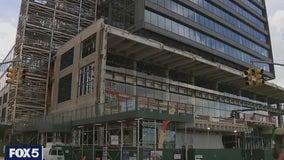 Google to buy Manhattan site for $2.1 billion