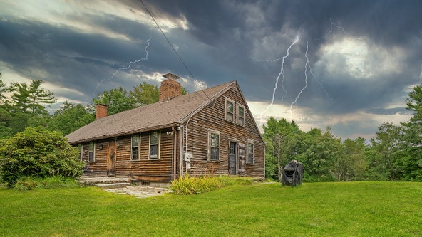 'The Conjuring' farmhouse in Rhode Island on the market