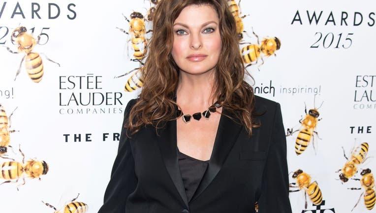 Model Linda Evangelista attends 2015 Fragrance Foundation Awards