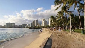 Hawaii's attack siren barely heard on popular tourist beach