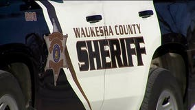 Man arrested after crashing into patrol squad while fleeing from Waukesha County deputies