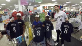'I was amazed:' 5 lucky kids get $500 Kohl's shopping spree alongside Ryan Braun