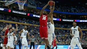 BRACKET BREAKER: #8 Wisconsin tops #1 Villanova in NCAA matchup