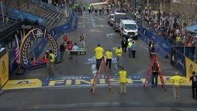 30,000 Boston marathon athletes begin 26.2 mile trek in waves