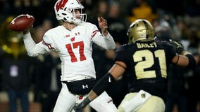 QB Jack Coan injures foot while practicing for No. 16 Wisconsin