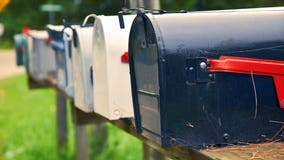 Homeowner finds suspicious device in mailbox in Washington Co.