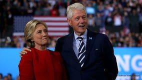 Agents nab possible explosive devices sent to Obama, Clinton